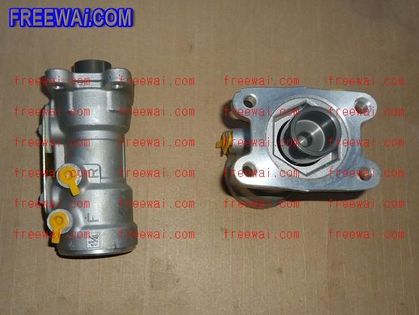 brake master cylinder for Isuzu ELF truck NKR 100P 8-97224