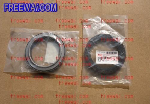 engine crankshaft rear oil seal for Isuzu 4HE1T 4HF1 8-97602